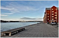 Sundsvall (kurtwolf303) Tags: ocean city bridge sea sky topf25 water buildings topf50 topf75 meer europe 500v20f sweden schweden skandinavien himmel stadt sverige scandinavia brcke topf100 gebude 800views sundsvall compactcamera travelphotography reisefotografie 900views 1000v40f 250v10f sundsvallfjord nikoncoolpixs9900 sundsvallbrcke sundsvallbridge