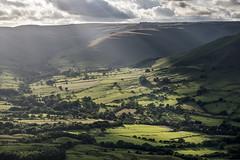 Summer sunbeams (Keartona) Tags: edale valley green soft sunbeams sunlight hills landscape peakdistrict england derbyshire view barberbooth
