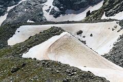 Curva e Controcurva (Roveclimb) Tags: schnee mountain snow alps suisse hiking dune hill neve mountaineering alpinismo svizzera alpi montagna moraine collina morena klettern alpinism splugen spluga escursionismo suretta graubunden grigioni seehorn rothornli surettaluckli