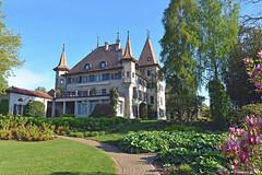 Parc et chteau d'Echandens (Diegojack) Tags: monuments parc paysages chteaux echandens
