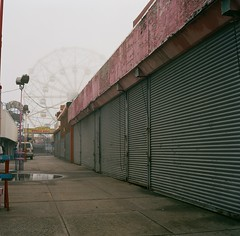 (Beach Rat) Tags: newyork brooklyn coneyisland amusement kowasix