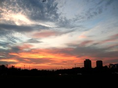 Post-Game Sky (Georgie_grrl) Tags: light sunset sky toronto ontario beautiful clouds lovely yorkuniversity cans2s mydarkpinkside samsungd760 thisismorecolourfulthanthebruiseonmyknee evenwiththelossitturnedouttobeabeautifulnight