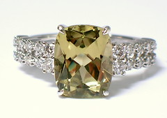 Diaspore, Zultanite (theappraiserlady) Tags: jewelry ring gem anillo phenomena gemstone diamantes joyas colorchange gemology diaspore theappraiserlady zultanite