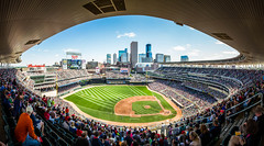 Summer Breeze (Icedavis) Tags: field minnesota twins downtown baseball minneapolis target mn minnesotatwins skyine targetfield