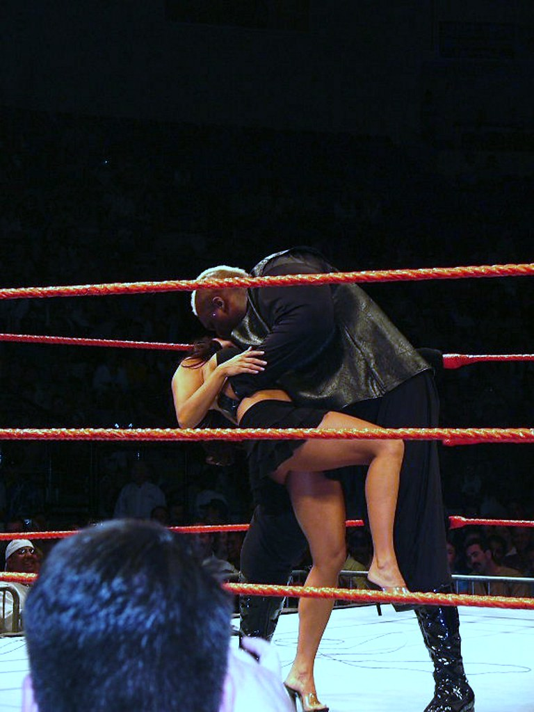 Viscera French Kissing Candice (ViolentSaint99) Tags: wrestling michelle  candice diva wwe