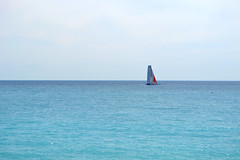 Mediterranean Breeze (Alonso Reyes) Tags: sea mer france beach nice frankreich mediterranean azure playa côte des promenade provence francia plage nizza niza dazur méditerranée anglais provencealpescôte