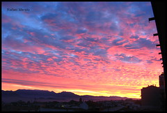 Atardeceres de otoo (Guervs) Tags: sunset red espaa orange paisajes naturaleza mountains clouds landscape atardecer andaluca spain rojo purple sierra nubes naranja jan montaas naranjas rojas beda morado mgina