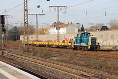DB BR 260 671 (V 60) am Bahnhof Essen-West (Vitalis Fotopage) Tags: west train germany deutschland essen br diesel railway zug db v locomotive bahn 60 deutsche bundesbahn lokomotive 260 671 gtertransport verbrennungstriebwagen