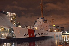 US Coast Guard Ship 37 under an evening rainy sky (presbi) Tags: usa ship baltimore nave baltimora mygearandme mygearandmepremium mygearandmebronze mygearandmesilver mygearandmegold mygearandmeplatinum photographyforrecreationeliteclub infinitexposure