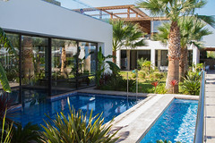 pool 01-2970 (Hans Pluim) Tags: pool mirror spiegel zwembad greece palmtree palmboom
