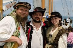 Hawser, Hawkyns, and Hottie (Pahz) Tags: chicago pirates windy lakemichigan greatlakes navypier tallship bristolrenaissancefaire chicagoillinois tallshipwindy bristolpirates