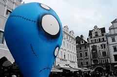 Blue Guy in Prague (nickbit) Tags: blue strange tim nikon europe czech prague cartoon praha praga horror exibition burton d5100