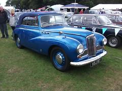 Sunbeam MkIII - Tatton Park (Toffeeapple82) Tags: cars classiccar sunbeam tattonpark classiccarshow sunbeammkiii