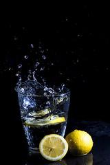 Lemons: High Speed (rafa.esteve) Tags: water glass fruit lemon splash lowkey highspeed watersplash