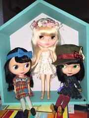 Maxie, Cadence and Maddie (Starbright_Sally) Tags: blythe goldie allgoldinone tlc cadencemajorette