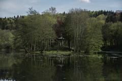 voici qu'une le est en partance (Nicolas Fourny photographie) Tags: lake france nature forest canon reflections landscape island woods lac sigma paysage 18200 reflets fort le hautemarne 600d beautifullandscape