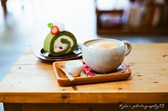 Afterhours Cafe () Tags: food film cafe fuji takumar bokeh 55mm 400 m42 fujifilm f18 18 55 fujica st705 fujicast705   afterhours    filmphotography   rossmann supertakumar55mmf18      rossmann400   afterhourscafe
