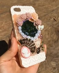 Contact me to place an order!^^  #Deco #DecoCase #📱 #DecoDen #Kawaii #Bows #Foodie #🎀 #Lace #Fairykei #Lolita #👠 #Victorian #TurnOfTheCentury #🌸 #Roses #Pearls #🌹 #Sparkle #반짝반짝 #✨ #미소 #귀엽다 #:two_hearts (Miso Creations) Tags: roses lace victorian pearls sparkle lolita kawaii deco bows foodie かわいい 美しい turnofthecentury 甘い 미소 きらきら decoden 반짝반짝 귀엽다 데코 fairykei decocase