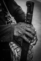 Mos que trabalham- Hands working (tayllon4000) Tags: blackandwhite textura brasil nikon abstrato pretoebranco mos maranho fundo monocromtico solus