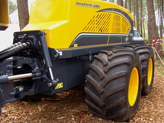 Forexpo 2016(99) (TrelleborgAgri) Tags: forestry twin tires trelleborg skidder t480 forexpo t440
