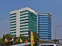 Hijau dan Biru (BxHxTxCx) Tags: building office jakarta kantor gedung