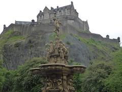 Edinburgh Castle (stillunusual) Tags: travel urban building history architecture landscape scotland edinburgh cityscape princesstreetgardens urbanlandscape urbanscenery 2016 travelphotography historicalplaces travelphoto westprincesstreetgardens travelphotograph