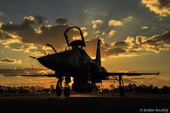 Sunset F-5EM (Enilton Kirchhof) Tags: sunset pordosol fighter forcaaereabrasileira brazilianairforce f5em canoneos5dmarkiii anapolisgo fotoeniltonkirchhof baanbaseareadeanpolis bvrsabre