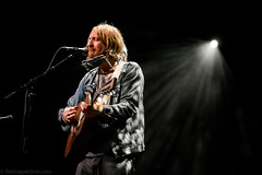 William The Conqueror-15 (redrospective) Tags: red music white black london musicians photography concert guitar live instruments eyesclosed guitarist williamtheconqueror electricguitar spotlights 2016 ruarrijoseph brooklynbowl 20160621