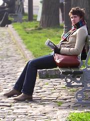 Happy reader (Merodema) Tags: woman smile bench lesen happy reading sitting femme read vrouw bankje lezen