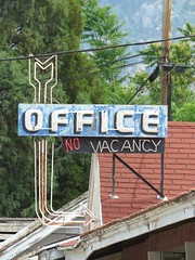 Office arrow (jimsawthat) Tags: urban utah neon arrow ogden motels metalsigns vintagemotels