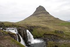 Kirkjufellfoss, Iceland (Tiphaine Rolland) Tags: mountain water montagne waterfall eau falls cascade kirkjufell grundarfjörður kirkjufellfoss