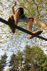 Walkin' in the sky (Angelo M) Tags: sky walking torino fringe cielo turin slackline corda fune camminare fettuccia