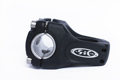 TAIWAN FIXEDGEAR SHOP OZOTW X 25.4MM,31.8MM STEM HDSBLK2 (OZOTW) Tags: green bicycle shop 50mm cycling asia raw arms meetup taiwan 7 gear fork tire milwaukee frame bolts singlespeed fixed taichung fixie fixedgear gt spindle includes 2012 skid sprocket ozo bottombracket 4130 700c footdown steelbike chromoly cityride bmxcrankset 26x20 46t kingheadset forkfork chinlock tricktrack carbonrim barspinable 48spline ozotw 26x195 fyxation srams80 wwwozotwcom 4130steel funframeset slopeframeset 26tire 26inchframeset 47ctire 00x28cx23cxgrips tpuvelcrotoestrap agbmxcrankset eurobottombracket funversion2 26x20tire 2011fun2 700x50c bruiserframeset 40mmwidthrim 40mmdeeprim