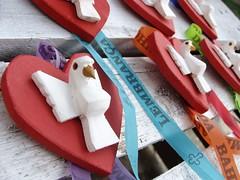 Coração divino (lembrança) (fabriciabarcelos) Tags: lembrança artesanato coração espíritosanto divino artesanatomineiro ôsô