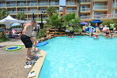 2013 rits sat pool party (68)