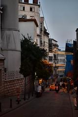 (maxhermus_) Tags: architecture turkey cityscape istanbul mosque ottoman dailylife crowds bosphorus streetscenes constantinople urbanphotography goldenhorn
