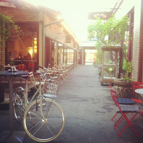 Fin gränd i Göteborg, gott kaffe dessutom. #damatteo är gott men #längtar till #duxemfgco #linköping #göteborg #kaffe