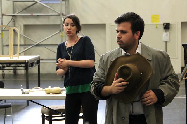Rachel Kelly and Luis Gomes in rehearsal for El gato con botas © ROH / Ruairi Watson 2013