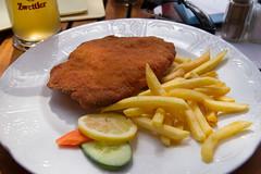 Typisch Österreichisch (maxst001) Tags: food essen familie geburtstagsfeier einsprowocheonceaweek einsonce onceeins kw45201 breslfetzn panierterwettex