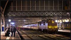 praag metro flirt Speciaal: metrans 186 289-5 met praag shuttle op station apeldoorn de treinengast loading nsr flirt 2232 komt door brummen - duration: 0:26.
