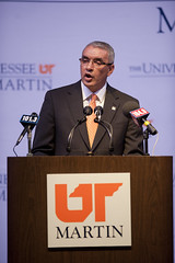 Julio Freire (The University of Tennessee at Martin) Tags: family usa college sports basketball tom ball athletics university basket tn nathan martin tennessee christopher womens announcement julio mens conference morgan director press ncaa cherie skyhawk gabriella freire rakes ovc skyhawks presser