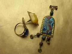 GoldenBlue (mi ne volimo alu) Tags: blue macro gold amber ring jewlery stillife gems earing cuffling artificialstilllife