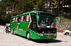 """F""in lookin' good (Naretev.) Tags: 6 bus coach long king trans farinas longwei xmq6129"