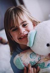 5792 06 Morgana banguela (Adriana Fchter) Tags: portrait girl kids germany ensaio book retrato mulher fantasia garota criana botany menina encontro morgana alema