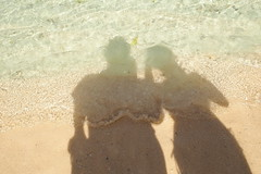 waves (imnOthere0) Tags: ocean sea vacation love us sand couple wave guam baech  vision:outdoor=0853