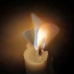 Nyala Api Lilin Saat Malam Jumat Kliwon (hastuwi) Tags: night geotagged fire melting glow candle blackberry nightshot flame flare glowing candlelight melt z10 melted candlelights bb10 malamjumat tigalidahapi lidahapi jumatkliwon icikicik