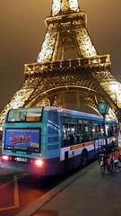 RATP Bus at The Eiffel Tower, Paris, at Night. (Man of Yorkshire) Tags: paris france bus tower buses fog night famous eiffeltower foggy eiffel illuminated renault busstop ratp francais route82
