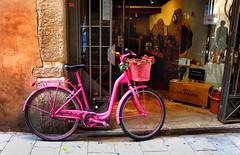 Barcelona bike (fiatluxca) Tags: barcelona pink spain bikes catalonia