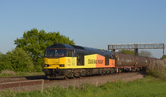 60021 6e38 colnbrook to lindsey passing astral crossing sileby (I.Wright Photography over 2 million views thanks) Tags: crossing rail passing lindsey astral colas sileby colnbrook 60021 6e38