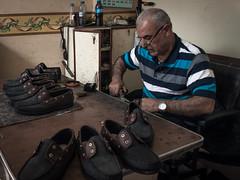 Shoemaker (Mustafa Karaoglu) Tags: shoes adana shoemaker